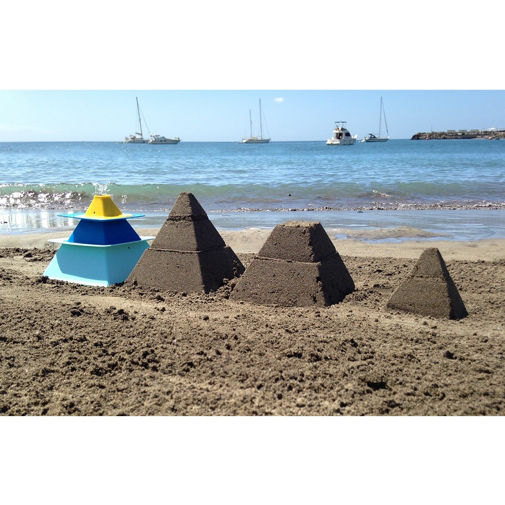 Formers for 3-level sand and snow pyramids Quut Pira Art. q170761